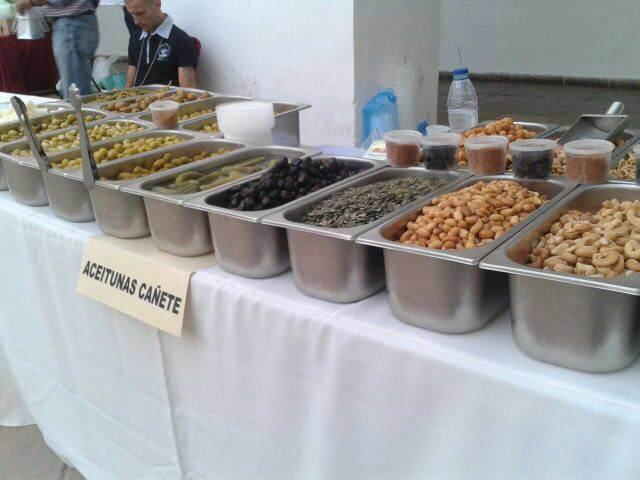 Bodegas-Mezquita-saborea las cosas de Cordoba-aceitunas
